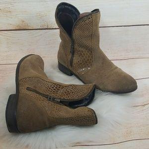 Catherine Malandrino Vesta leather ankle boots 7.5